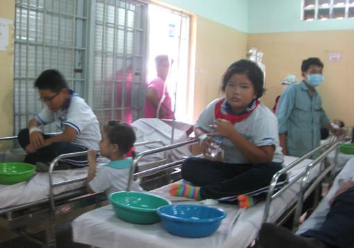 Bà Rịa-Vũng Tàu: 33 học sinh bị ngộ độc thực phẩm