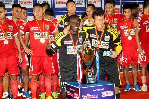 Becamex Bình Dương lần thứ ba đoạt Siêu Cup quốc gia