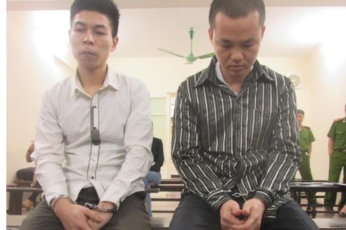 Tài xế taxi Mai Linh rủ nhau đua xe ô tô khiến 2 người nguy kịch