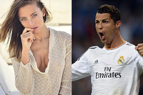 Ronaldo dính nghi vấn cặp kè siêu mẫu người Ý