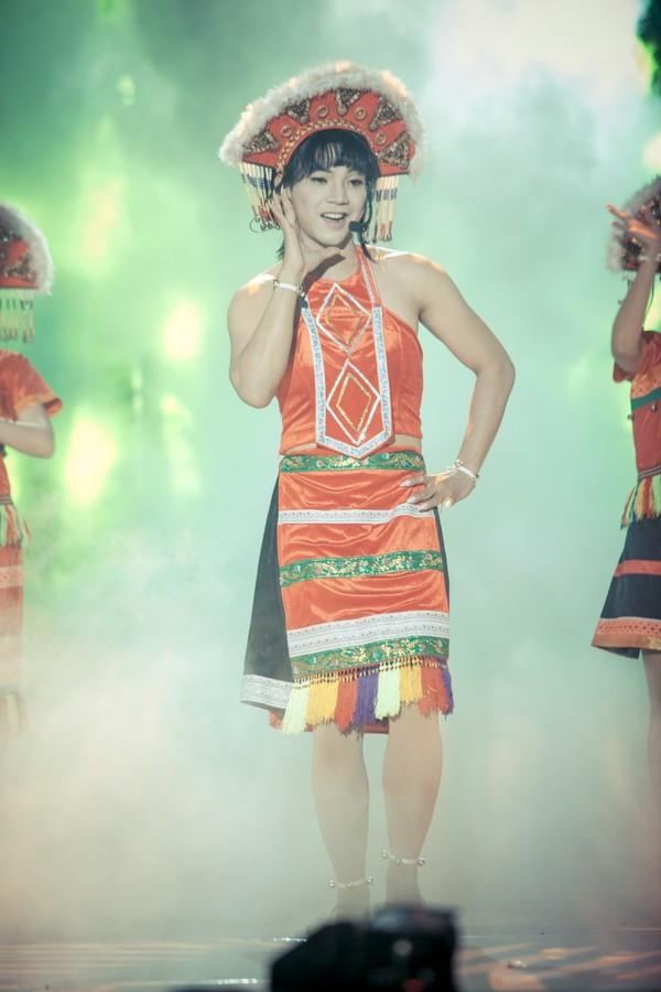 Gương mặt thân quen: Mai Quốc Việt là nàng sơn nữ