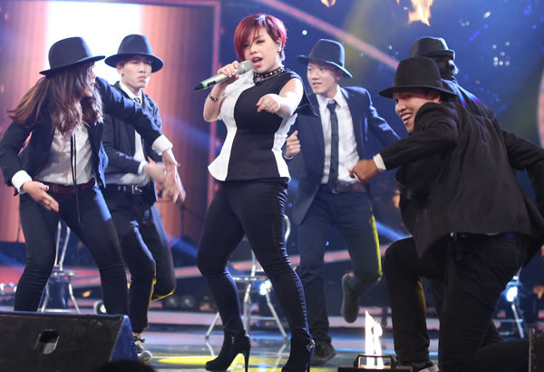 Vietnam Idol: Thầy giáo hot boy Minh Quân lột xác, Ngọc Việt nói lời chia tay