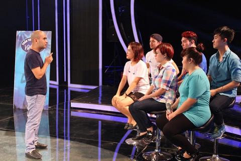 Nhạc sỹ Đức Trí phá lệ, ngồi ghế nóng Vietnam Idol