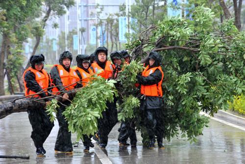 Siêu bão Soudelor tiếp tục tàn phá Trung Quốc