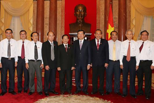 Chủ tịch nước Trương Tấn Sang gặp mặt các cán bộ lão thành chủ chốt của Hệ thống TAND