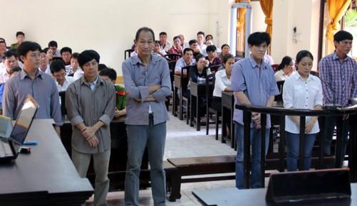 Kiên Giang: 8 bị cáo chiếm đoạt hơn 100 tỷ đồng tiền hoàn thuế