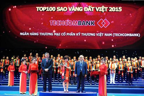 Techcombank tiếp tục nhận giải thưởng Sao vàng Đất Việt 2015