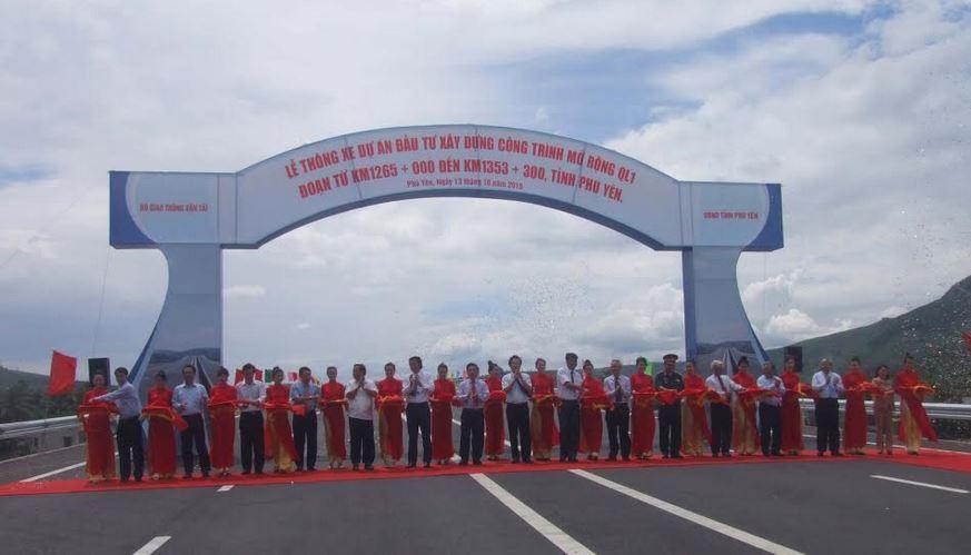 Thông xe dự án Mở rộng QL1 qua tỉnh Phú Yên