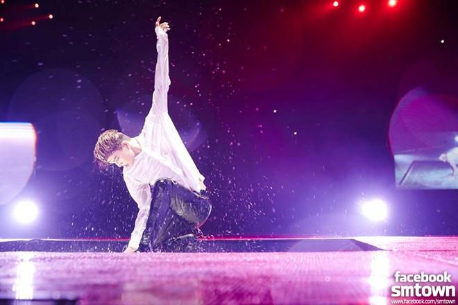 Mãn nhãn concert mới nhất của EXO tại Quảng Châu
