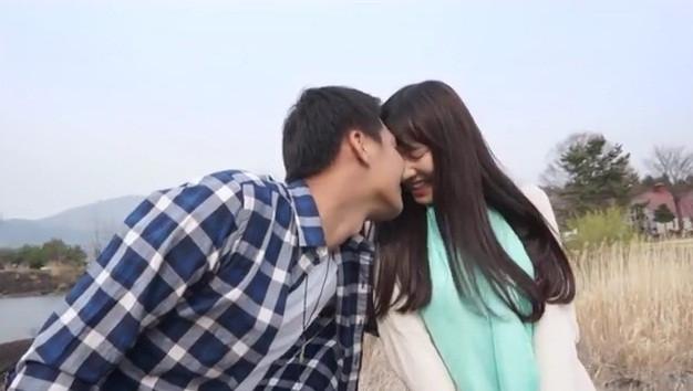 Nhã Phương được trai đẹp hôn trong phim mới