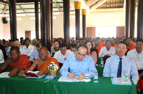 Chủ tịch Ủy ban Trung ương MTTQVN dự Ngày hội Đại đoàn kết toàn dân tộc tại Trà Vinh