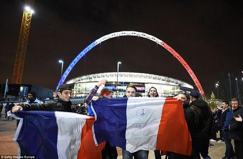 Chùm ảnh trận giao hữu ĐT Anh - Pháp: Đoàn kết để làm nên chiến thắng