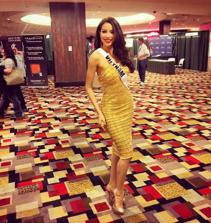 Hé lộ quốc phục của Phạm Hương tại Miss Universe 2015