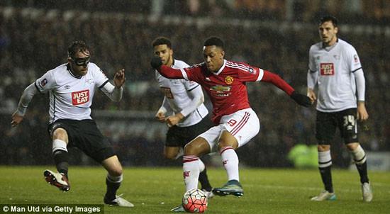 M.U thắng Derby County, Van Gaal mơ đoạt cúp