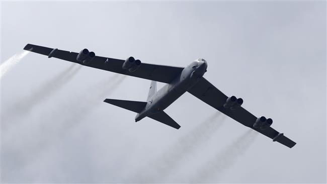 B-52 thả thủy lôi chống hạm trên vùng biển Baltic gần biên giới Nga