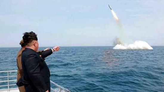 CHDCND Triều Tiên diễn tập bắn thử tên lửa đạn đạo