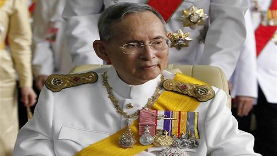 Quốc vương Thái Lan trút hơi thở cuối cùng ở tuổi 88