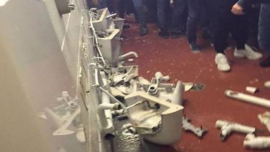 CĐV Man City la hét đập phá toilet sau trận thua MU