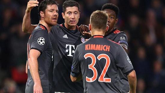 Đá bại PSV, Bayern cùng Atletico và vòng 1/8