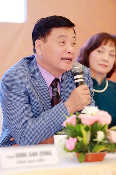 Duyên dáng Việt Nam bất ngờ gộp 2 suất diễn vào phút chót
