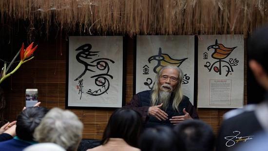 Tiến sỹ Hán nôm phát hành bộ lịch Địa Thiên Thái độc đáo