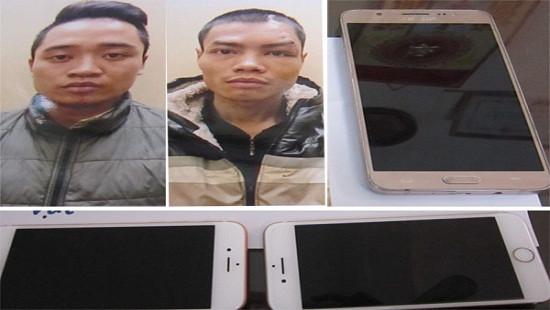 Hà Nội: Bắt khẩn cấp hai đối tượng che biển số xe đi cướp giật tài sản