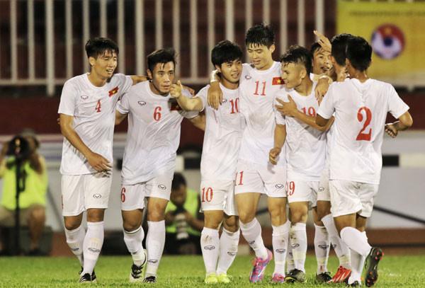 Công Phượng ghi bàn, U23 Việt Nam khai xuân thắng lợi