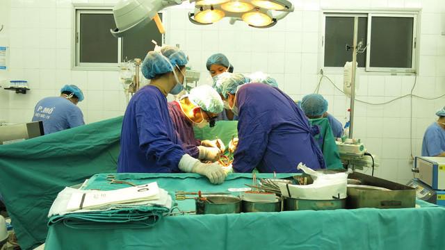 Thêm 4 người được tái sinh từ người chết não hiến đa tạng