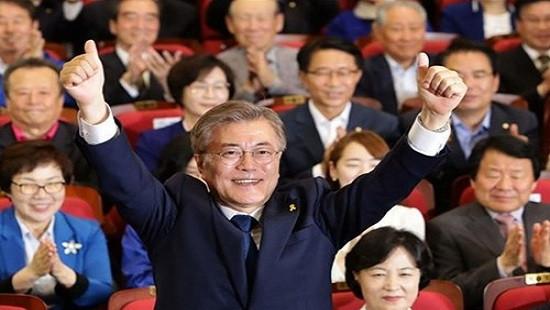 Ông Moon Jae-in tuyên bố thắng cử tổng thống Hàn Quốc
