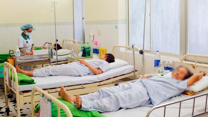 46 du khách Lào nhập viện do ngộ độc thực phẩm ở Đà Nẵng