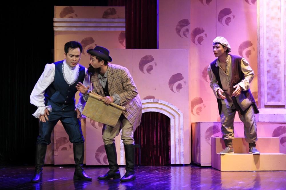 """Hai """"viên ngọc sáng"""" làng kịch nói bước lên sân khấu Nhà hát lớn"""