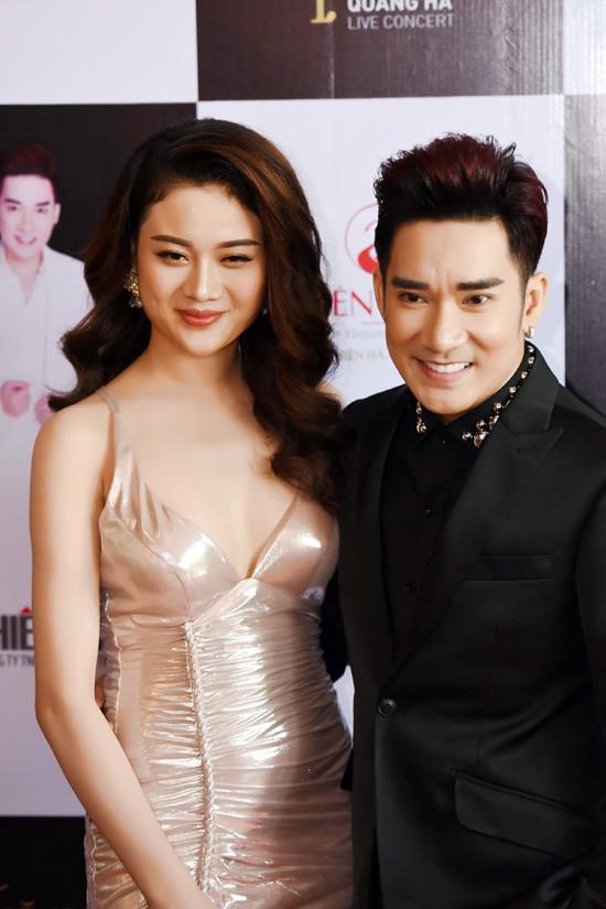 Hoài Linh sẽ tiếp tục 'làm vợ' Quang Hà trong đêm diễn tại Hà Nội