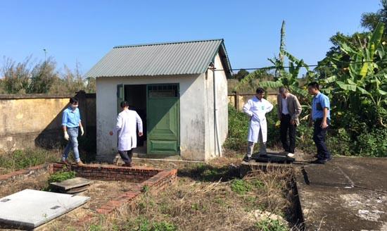 Trung tâm y tế dự phòng Quảng Ninh: Xây dựng nhà tiêu hợp vệ sinh để bảo vệ sức khỏe cộng đồng