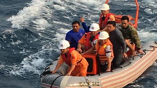 Tàu cá bị chìm tại vùng biển Vũng Tàu, 2 người chết, 4 người mất tích