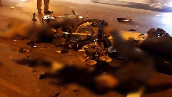 Xe máy đối đầu, 2 người tử vong tại chỗ