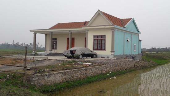Người thân Bí thư xã xây nhà trái phép trên đất nông nghiệp