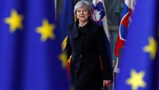 Chiến lược Brexit của Thủ tướng Anh gặp trở ngại mới
