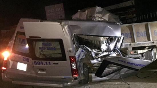 Sơn La: Xe du lịch tông xe tải, 2 người tử vong