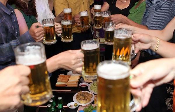 Tổ chức Y tế Thế giới lên tiếng về việc kiểm soát tác hại của việc sử dụng rượu, bia