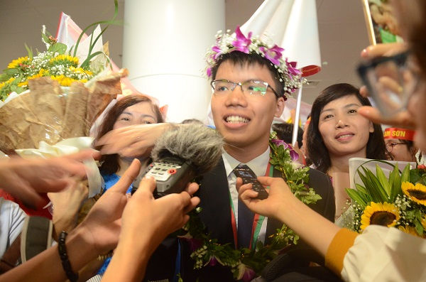 Cả nhà đã không ăn nổi cơm khi nghe tin con giành huy chương vàng Olympic