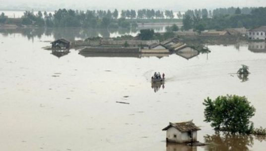 Triều Tiên: Mưa lớn, lũ lụt làm hàng trăm người thương vong