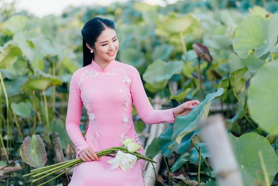 Ngọc Hân chưa nghĩ đến kết hôn dù lần lượt tiễn Thu Thảo, Tú Anh lên xe hoa