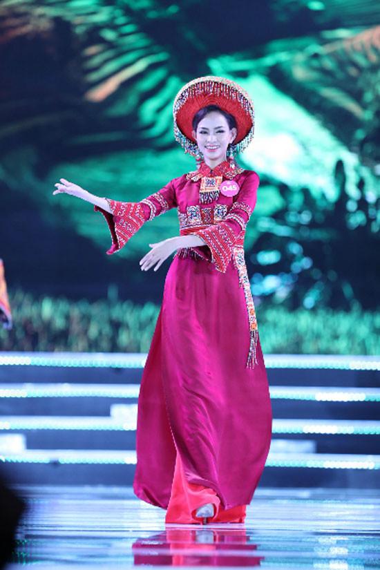 Trần Tiểu Vy đăng quang Hoa hậu Việt Nam 2018