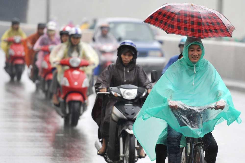 Không khí lạnh tăng cường, miền Trung có mưa lớn