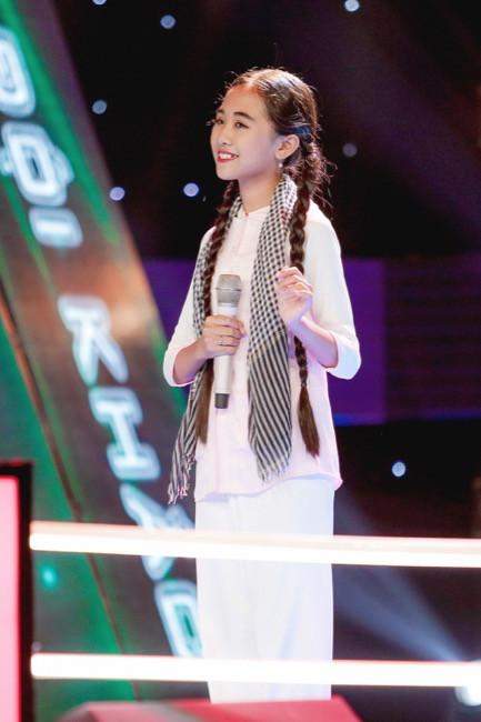 Hồ Quỳnh Hương khiến người xem bật khóc khi chia sẻ kinh nghiệm hát ca khúc