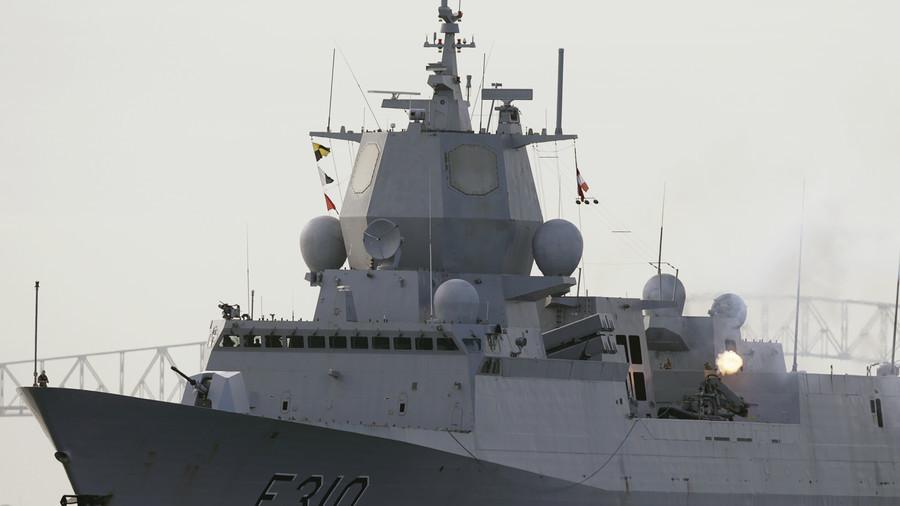 Nauy: Tàu chiến va chạm tàu chở dầu, 7 người bị thương