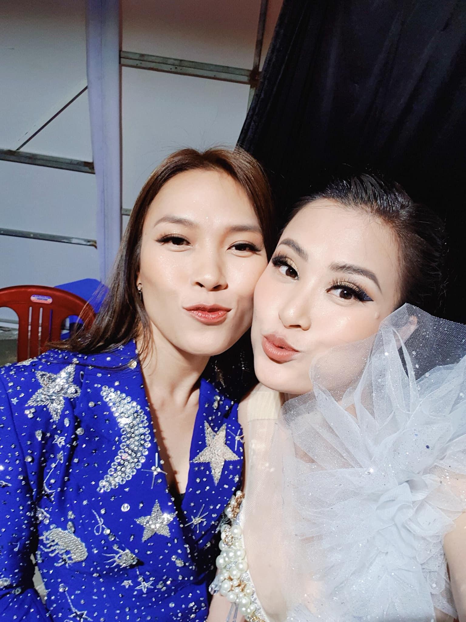 Sao Việt đón Tết: Người tất bật chạy show, người vi vu du lịch