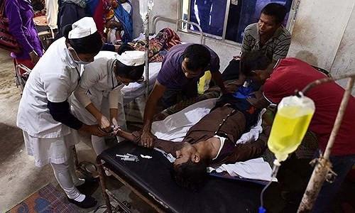 93 người chết, 200 người nhập viện do ngộ độc rượu