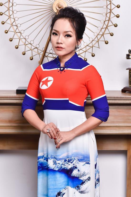 """Diện áo dài cờ Mỹ - Triều: Thái Thuỳ Linh – Đỗ Trịnh Hoài Nam trở thành """"cặp đôi"""" mới"""
