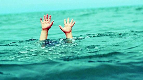 Bé trai tử vong do sảy chân lọt xuống kênh thủy lợi